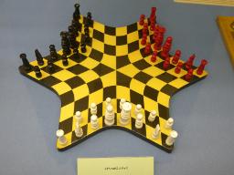 3人チェス 英国