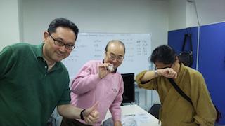 優勝の中島とメダル授与された時田さん、決戦で敗れたStewさん